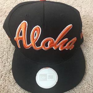 """FITTED HAWAII black """"ALOHA"""" SnapBack"""